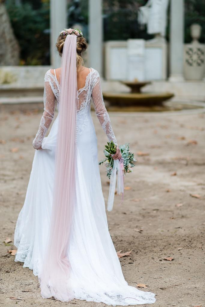 5e6c1806a 1-novia velo rosa bridalada bride 2-novia velo rosa bridalada bride